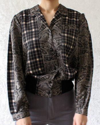 Vintage zwart beige gypsy pattern