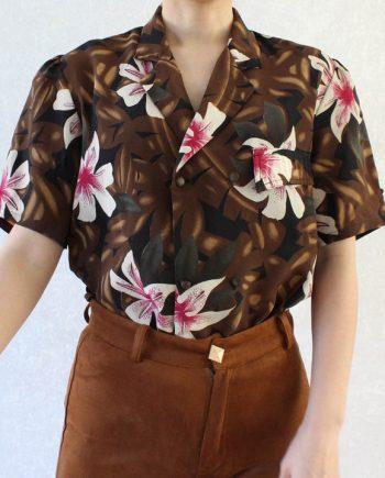 Vintage blouse wit roze bloem T719